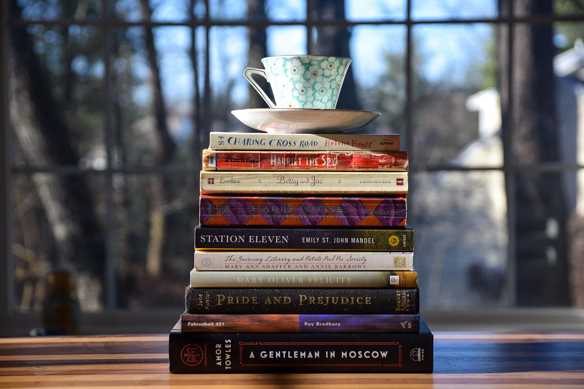 book-stack-me-challenge-1